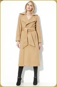 ведь его можно сочетать с любой одеждой, хотя первым напрашивается, конечно, деловой стиль
