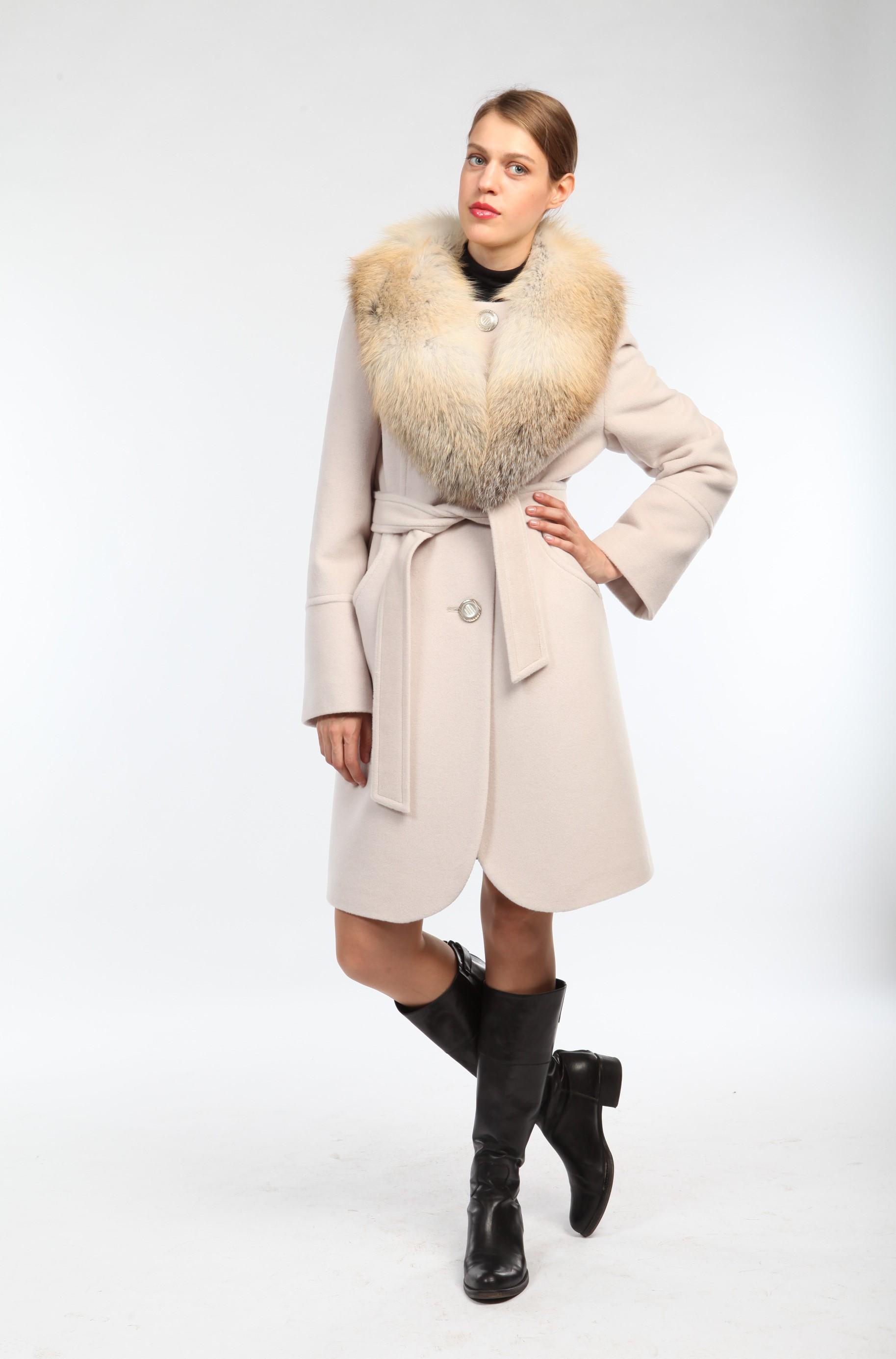 34 карточки в коллекции «Женское стильное пальто с меховым воротником»  пользователя Yhoncharenko10 в Яндекс.Коллекциях 3f78439726140