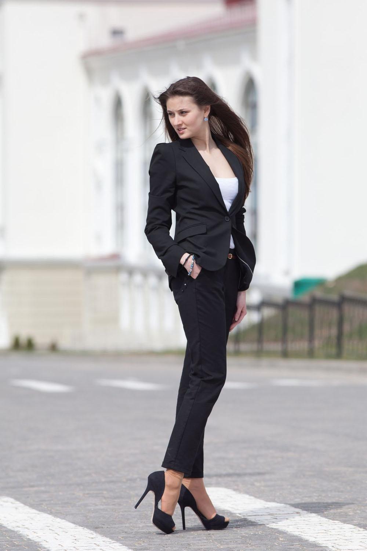 10 вещей, которые каждая женщина должна иметь в своем гардеробе