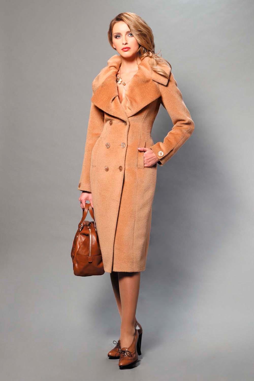 пальто из шерсти ламы