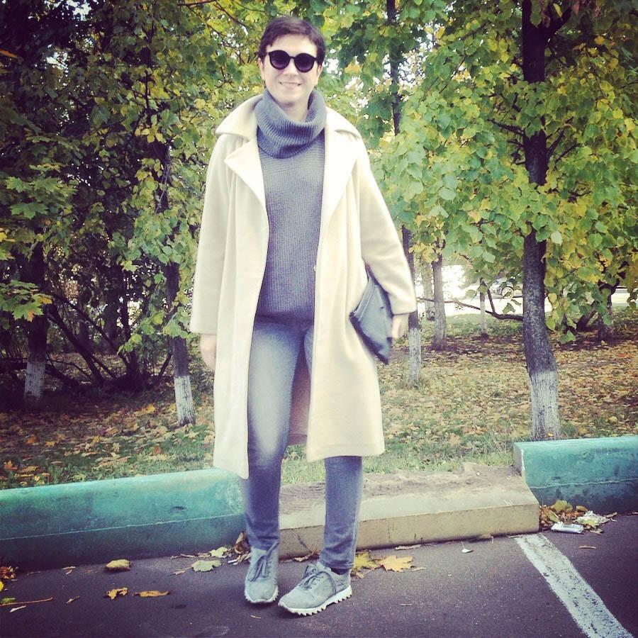 С чем носить светлое пальто?